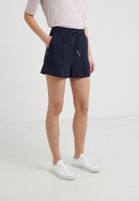 Filippa K - KELLY - Szorty - navy - 0