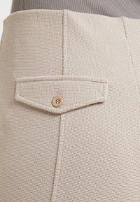Filippa K - Shorts - light taupe - 5