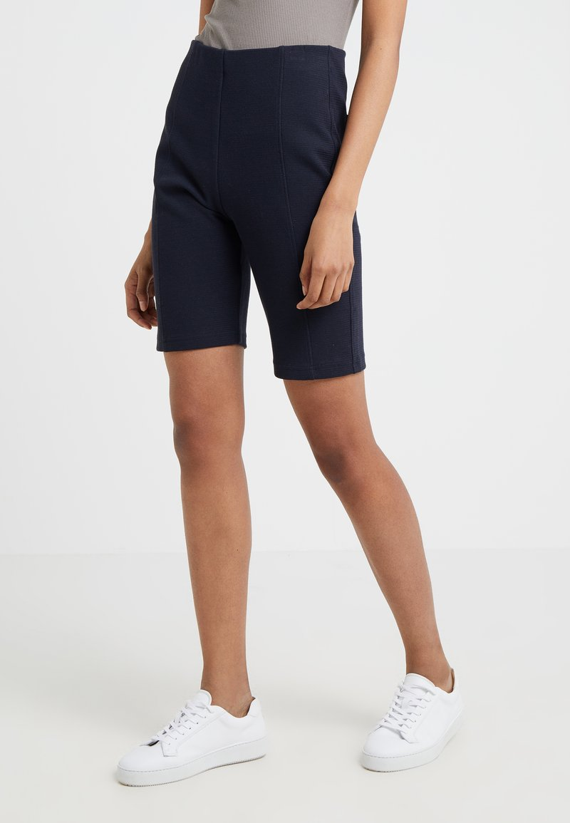 Filippa K - Shorts - navy