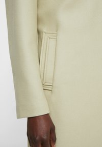 Filippa K - EDEN COAT - Mantel - pyrit gree - 5