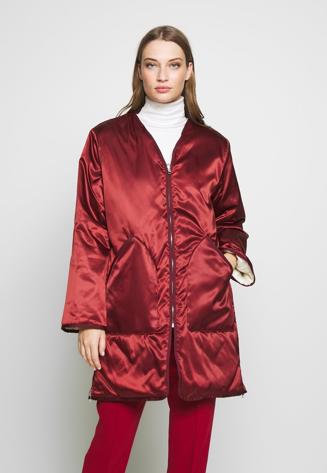 YORK COAT - Kort kappa / rock - pure red