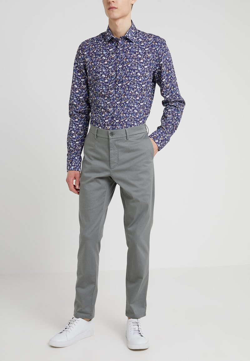 Filippa K - Trousers - platoone