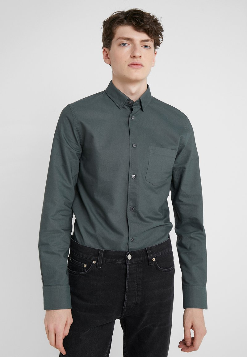 Filippa K - TIM OXFORD MEDIUM - Overhemd - stone green