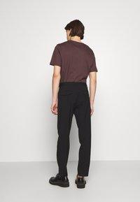 Filippa K - WILLIAM TROUSER - Trousers - black - 2