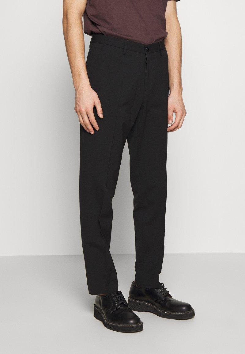 Filippa K - WILLIAM TROUSER - Trousers - black