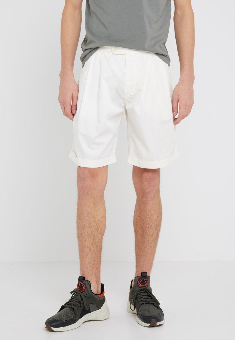 Filippa K - GILES - Shorts - panacotta