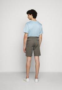 Filippa K - TERRY  - Shorts - green grey - 2
