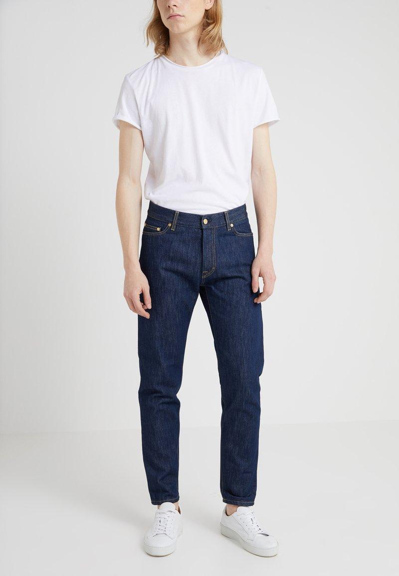 Filippa K - BYRON RAW - Jeans straight leg - dark blue