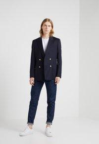 Filippa K - BYRON RAW - Jeans straight leg - dark blue - 1