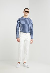 Filippa K - BENJI - Jean droit - natural denim - 1