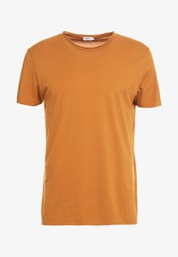 Filippa K - ROLL NECK TEE - T-shirts - dark ochre - 3