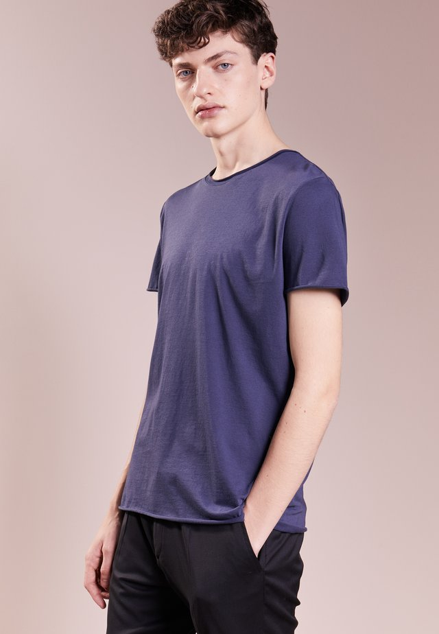 ROLL NECK TEE - T-shirt - bas - pacific