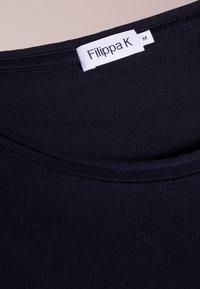 Filippa K - ROLL NECK TEE - T-shirts - navy - 4