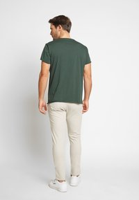 Filippa K - ROLL NECK TEE - T-shirt - bas - crocodile - 2