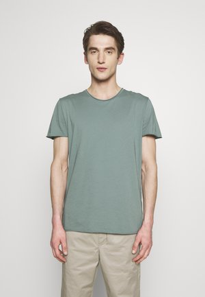 ROLLNECK - Basic T-shirt - mint powder