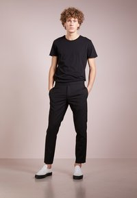 Filippa K - ROLLNECK - T-shirts basic - black - 1