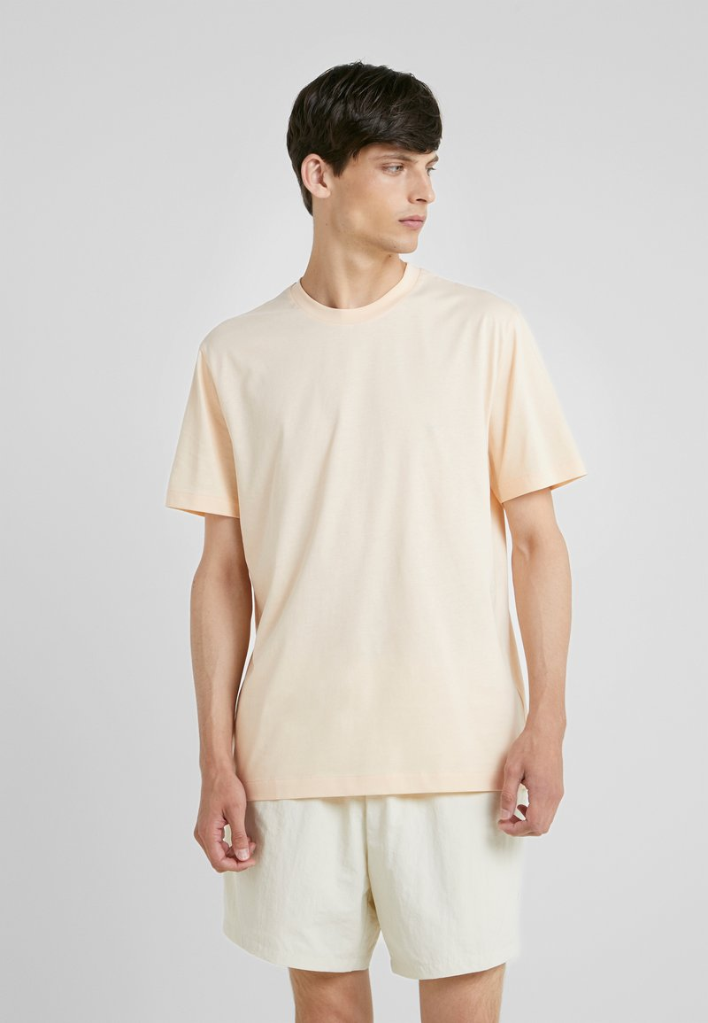Filippa K - SINGLE CLASSIC TEE - T-shirt basic - bellini
