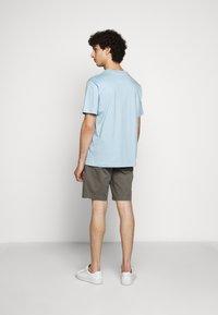 Filippa K - SINGLE CLASSIC TEE - Basic T-shirt - pale blue - 2