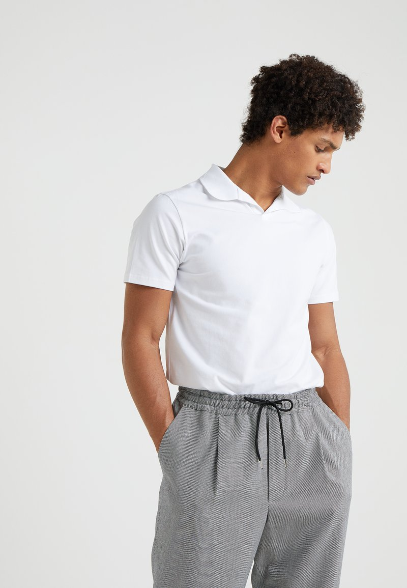 Filippa K - SOFT - Piké - white