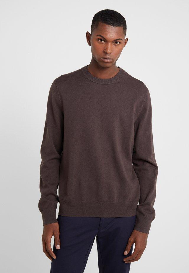 Stickad tröja - dark mole
