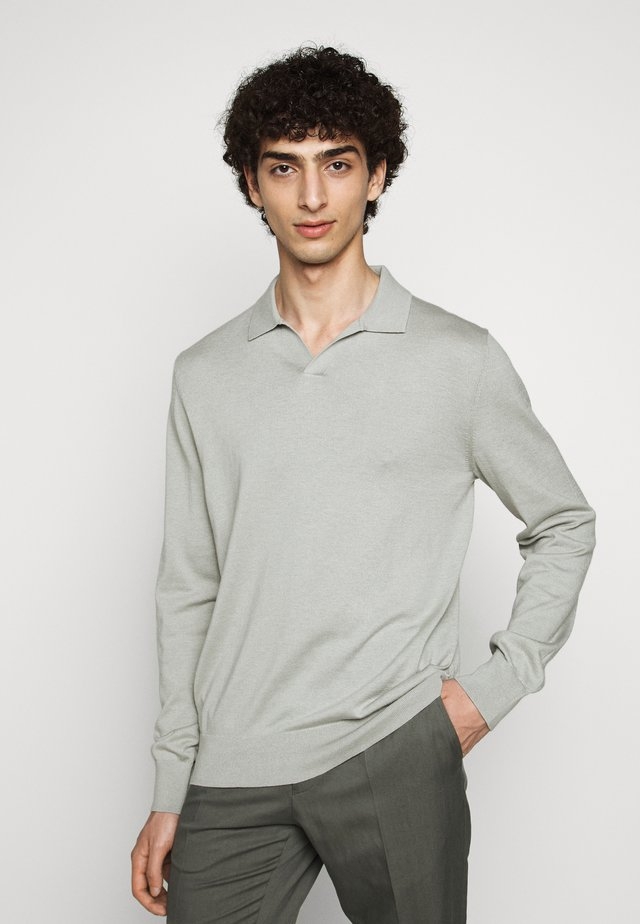 LARS SWEATER - Sweter - green fog