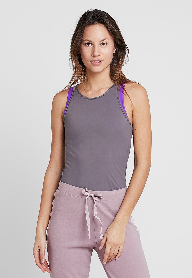Filippa K - SMOOTH TANK - Top - black pearl