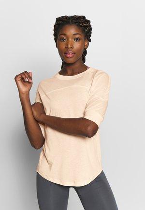 SOFT - T-shirt - bas - meringue