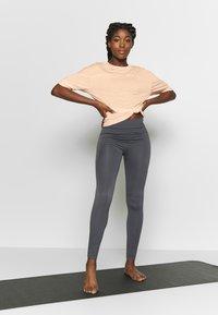 Filippa K - SOFT - T-shirts basic - meringue - 1