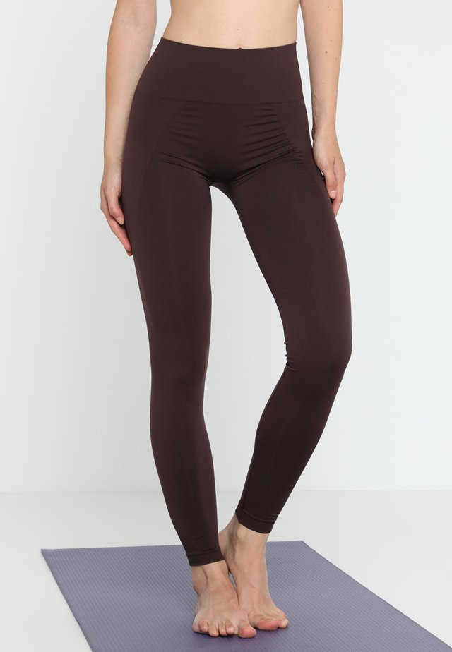 HIGH SEAMLESS LEGGINGS - Punčochy - maroon