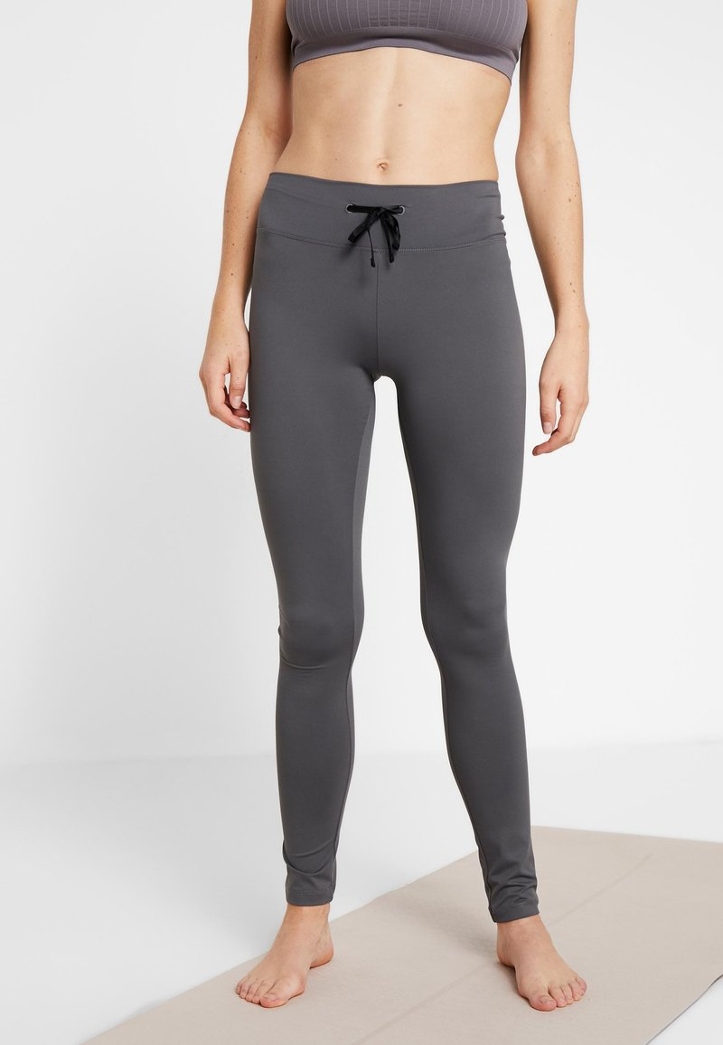 Filippa K - YOGA LEGGINGS - Tights - metal