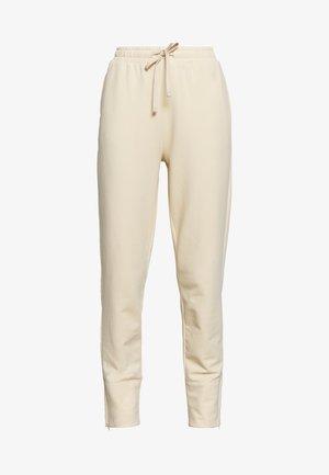 AMERICAN JOGGER - Pantaloni sportivi - smoky peac