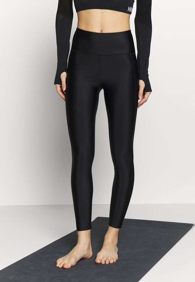 CROPPED GLOSS LEGGING - Medias - black