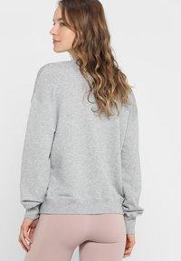 Filippa K - Sweatshirt - light grey - 2