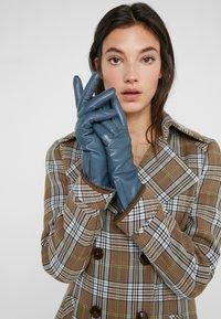 Filippa K - ZIP GLOVES - Gloves - blue slate - 0