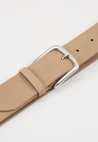 Filippa K - JEAN HIP BELT - Pásek - almond brown