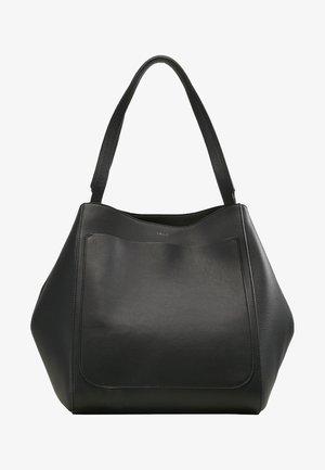 SHELBY BUCKET BAG - Handtas - black