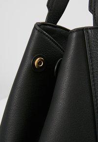 Filippa K - SHELBY BUCKET BAG - Torebka - black - 6