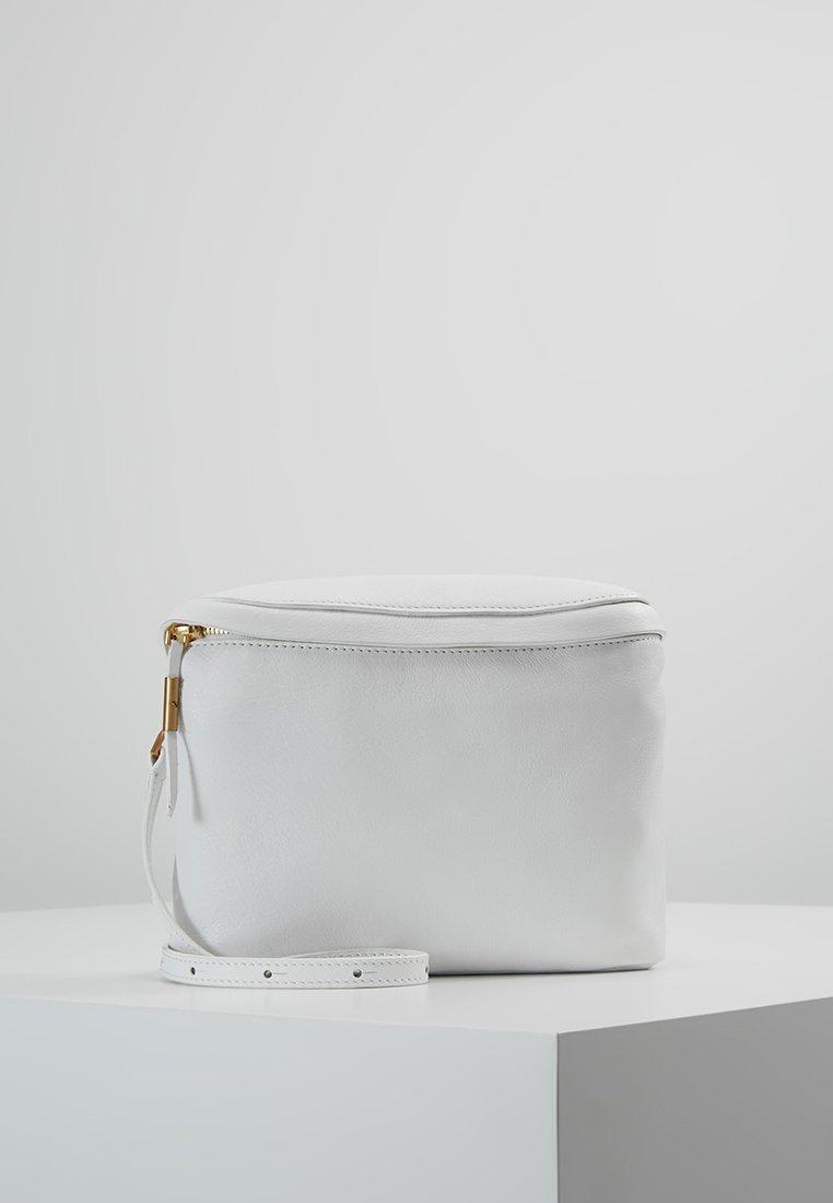 Filippa K - NOVA SOFT MINI BAG - Bältesväska - white
