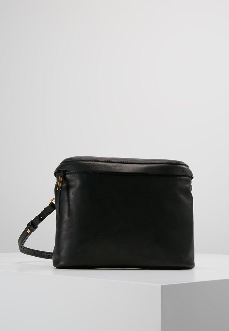 Filippa K - NOVA SOFT MINI BAG - Gürteltasche - black