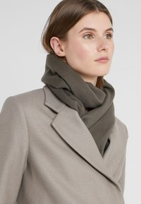 Filippa K - SCARF - Sjal - gull grey - 1