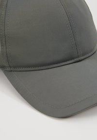 Filippa K - EXCLUSIVE SUSTAINABLE CAP - Kšiltovka - khaki - 2