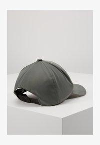 Filippa K - EXCLUSIVE SUSTAINABLE CAP - Kšiltovka - khaki - 1