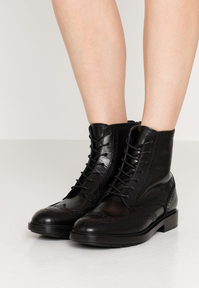 Fratelli Rossetti - Lace-up ankle boots - nero
