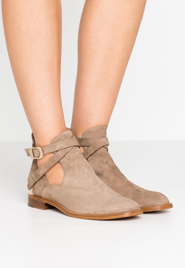 Cowboy/biker ankle boot - jump corda