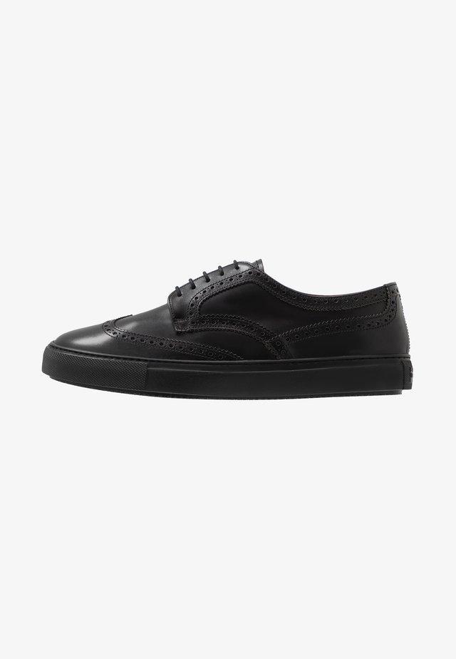 Volnočasové šněrovací boty - nero