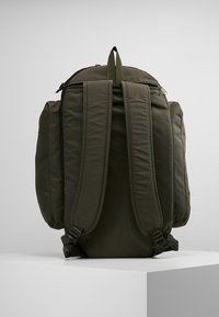 Filson - DUFFLE BACKPACK - Mochila - ottergreen - 2