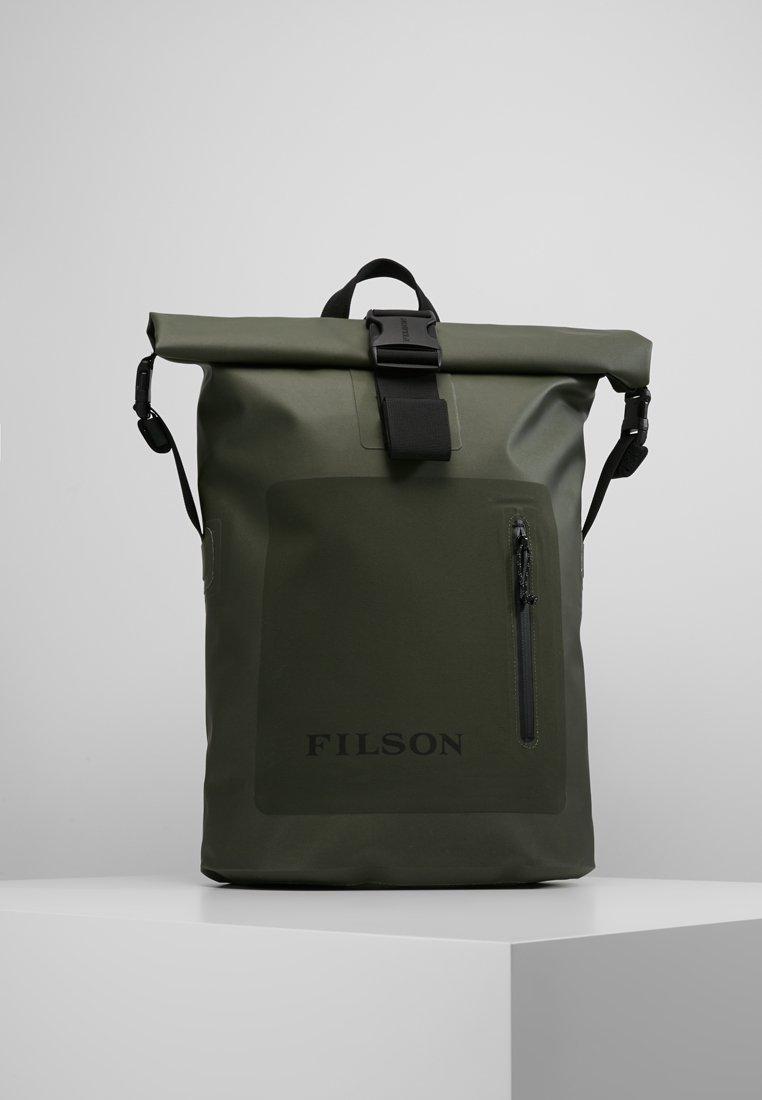 Filson - DRY BACKPACK - Batoh - green