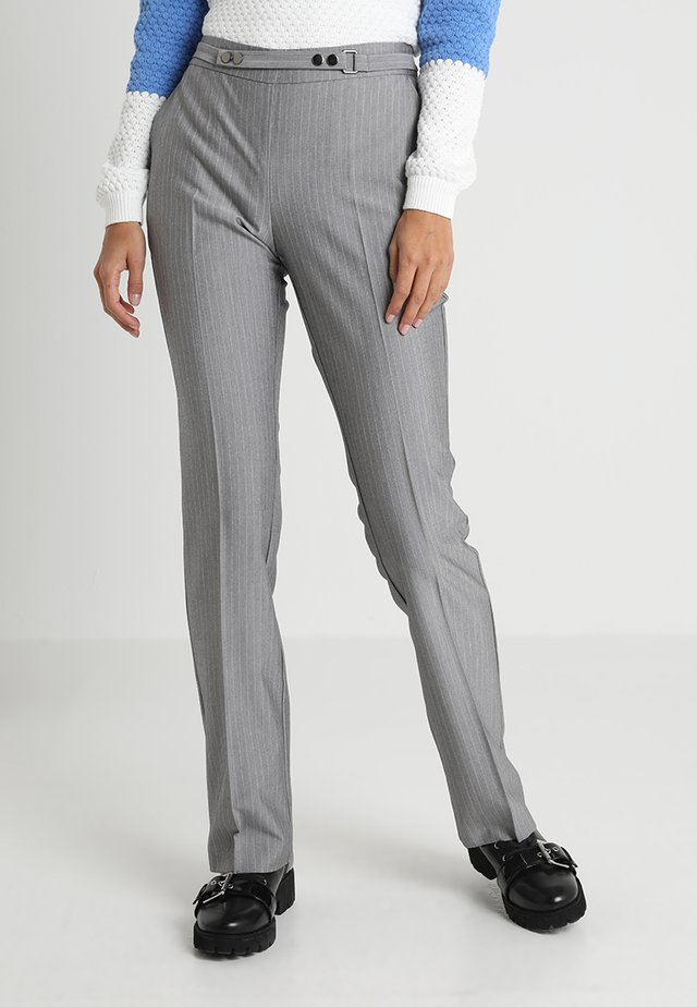 BASUIT PANTS - Stoffhose - light grey melange