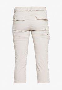 Fransa - FRJOCAMO PANTS - Trousers - tile sand - 1