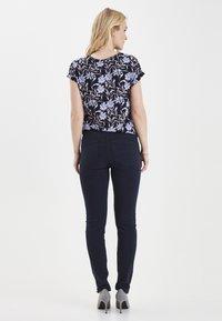 Fransa - FRHASNAP - Jeans Slim Fit - dark peacoat - 2